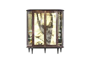 http://www.elleduearredamenti.com/products/glasscupboards/