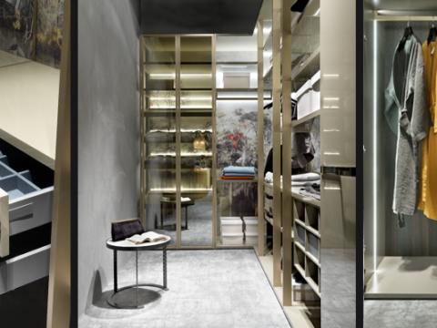 Walk-In Closet_Elledue